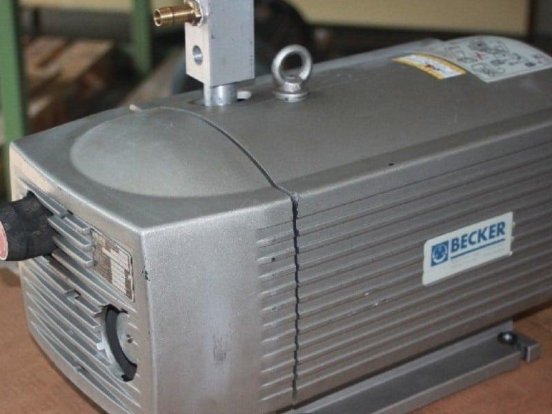 2. Bild Vakuumpumpen reparieren